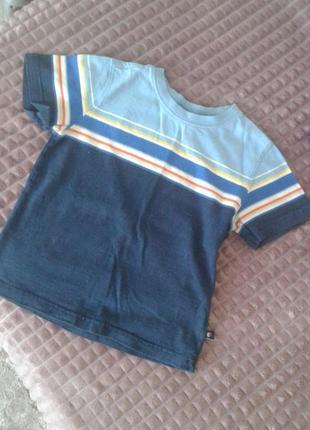 Синя футболка