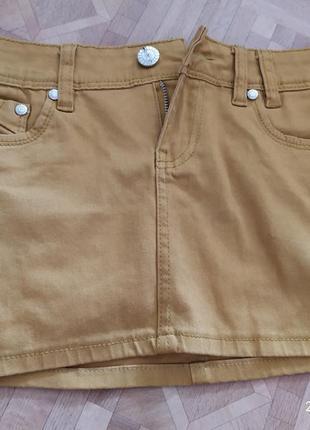 Горчичная джинсовая короткая юбка