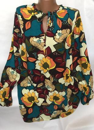 Яркая легкая блуза tu