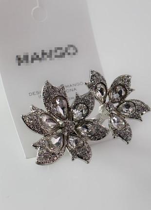 Кольцо mango массивное с цветочками
