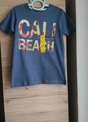 Футболка cali beach primark на 5-6 лет ❤️