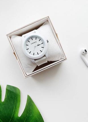 Стильные часы. женские часы. белые силиконовые женские часы. часы 2019