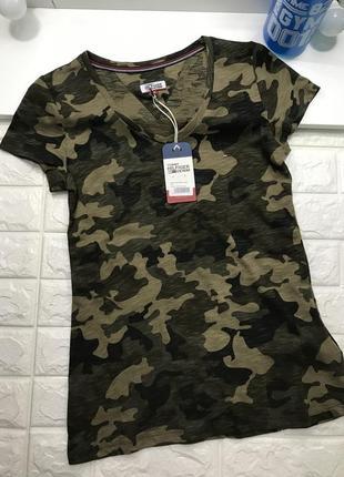Женская футболка tommy hilfiger милитари3 фото