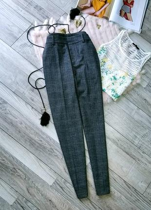 Елегантні штани в модну кліточку від zara