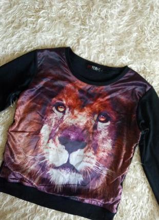 Свитшот с принтом льва