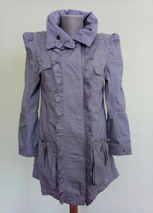 Красивая легкая ветровка курточка
