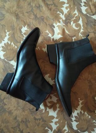 Кожаные челси, ботинки,полуботинки,сапоги,полусапоги,италия.