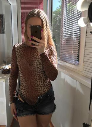Боди в леопардовый принт