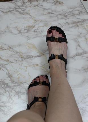 Обнова! босоножки черные минималистичные пряжки эко кожа