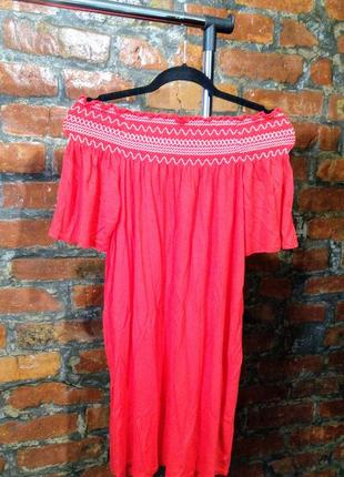 Летнее платье из коттона и вискозы на плечи new look