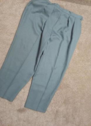 Немецкое качество...брюки чуть заужены slimttru 20р