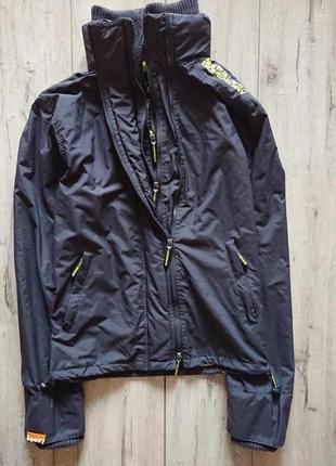 Мужская куртка ветровка superdry размер л деми спорт