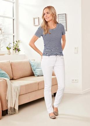 Белые зауженные джинсы slimfit tcm tchibo, германия ( евро 38)