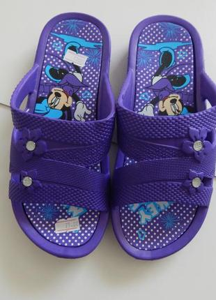 Детские  фиолетовые шлепки микки маус