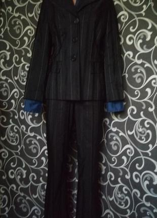 Бомбезный костюм деловой офисный стильный в широкую полоску высокая посадка60%ацетат