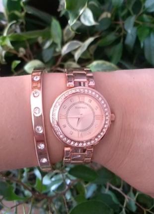 Часы и браслет от ellen tracy