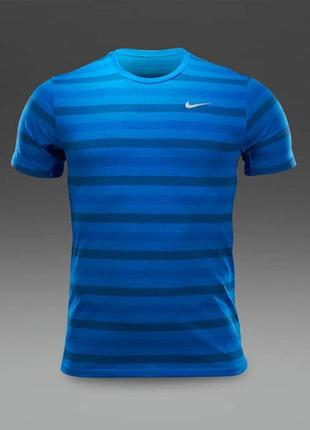 Тренировочная футболка nike dri-fit touch tailwind