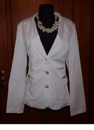 Белоснежно нежный белый пиджак, 50-52р.