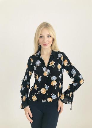 Романтичная  шифоновая блузка в цветах