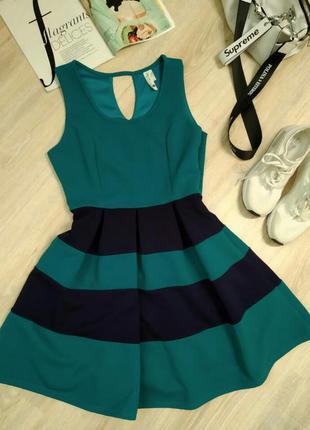 Крутое стильное мини платье пышное бирюзово-синее коктейльное