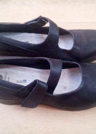 Туфлі 41-42