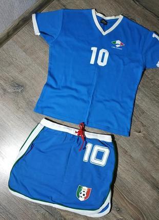 Костюм юбка + футболка в спортивном стиле