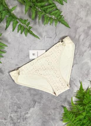 Пляжные плавки с декором  sw1924144 oysho