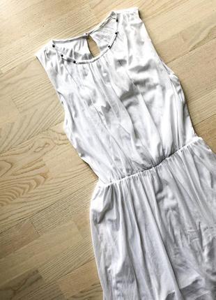 Белое платье guess