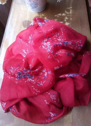 Красивый красный шарф палантин английской фирмы fat face