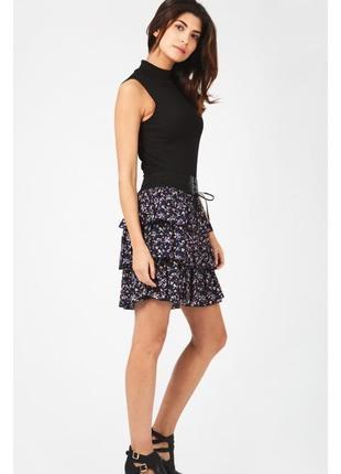 New look. финальная распродажа новая юбка с роскошными воланами. на наш размер 46.