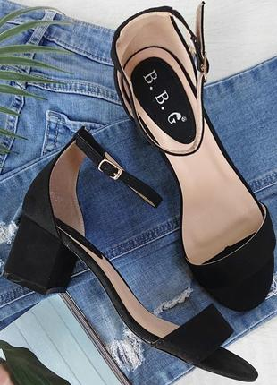 Босоножки туфли на