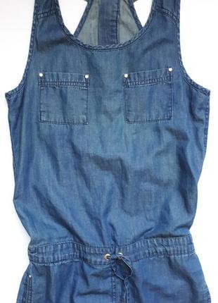 Стильний джинсовий комбінізон