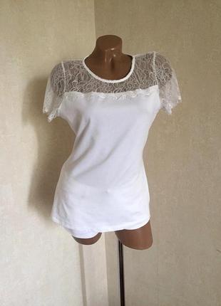 Нарядная/блуза/футболка/базовая/хлопок+стрейч+ вставки кружева от yessica ( сток).