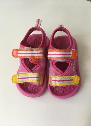 Босоножки сандали на липучках