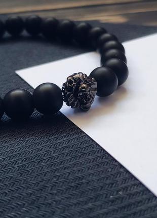 Стильный черный мужской браслет со львом из натурального камня