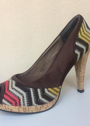 Новые летние тканевые туфли с открытым пальчиком,40
