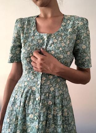 Крутое летнее платье  ретро винтаж в цветочек