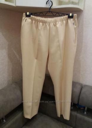 Яркие бомбезные брюки--24р германия