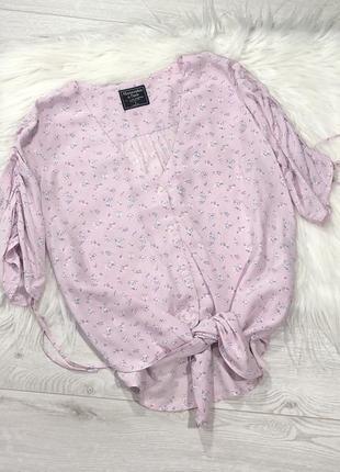Легкая блуза со сборкой на рукавах2 фото
