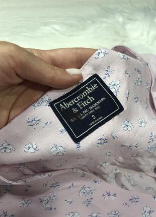 Легкая блуза со сборкой на рукавах5 фото