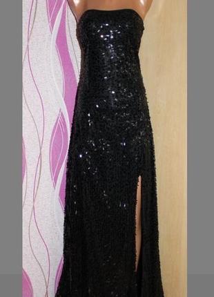 Черное длинное платье в пол в пайетки с разрезом