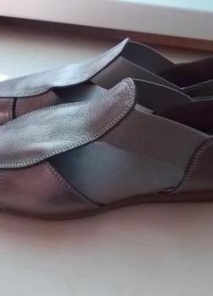 Новые кожаные босоножки aerosoles