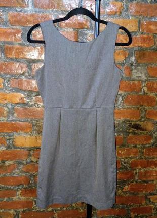 Летнее офисное платье чехол футляр из костюмной ткани gap