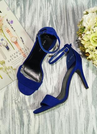 New look. красивые босоножки на устойчивом каблуке