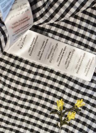 Летнее платье с открытыми плечами и с воланом6 фото