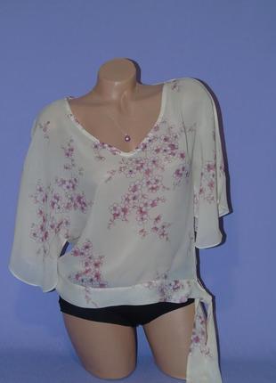 Нежная  блузочка 14 размера