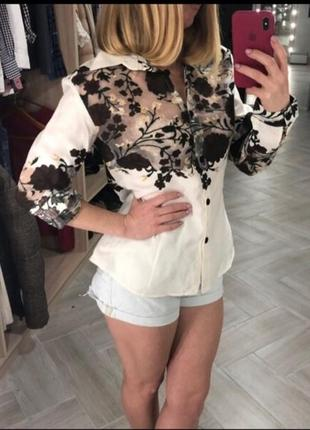 Красивая блузка-рубашка с органзой в цветы от taha collection