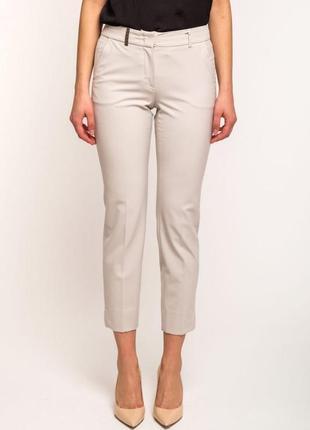 Стильные светлые брюки от max mara,размер м