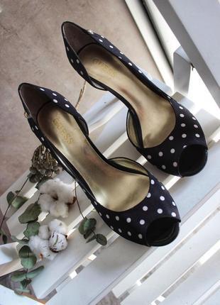 Новые туфли guess original