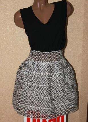 Оригинальное вечернее платье с юбкой колокол из плотной сетки от allyson
